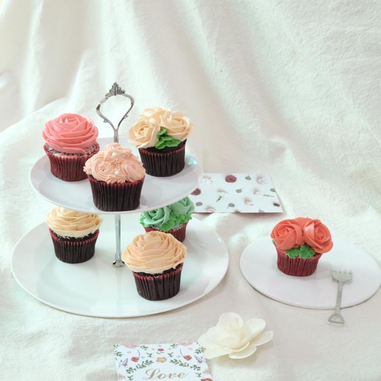 幸せカップケーキ